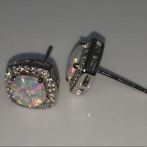 🆕S925 18k WGP 6mm Man Made White Fire Opal